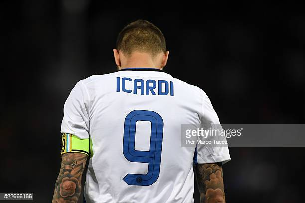 Mauro Icardi of FC Internazionale reacts during the Serie A match between Genoa CFC and FC Internazionale Milano at Stadio Luigi Ferraris on April 20...