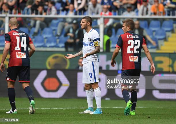 Mauro Icardi of FC Internazionale reacts during the Serie A match between Genoa CFC and FC Internazionale at Stadio Luigi Ferraris on May 7 2017 in...