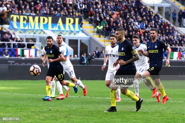 Mauro Icardi of FC Internazionale scores his side's second goal from the penalty spot during the Serie A match between FC Internazionale and Atalanta...