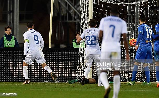 Mauro Icardi of FC Internazionale scores the opening goal during the Serie A match between Empoli FC and FC Internazionale Milano at Stadio Carlo...