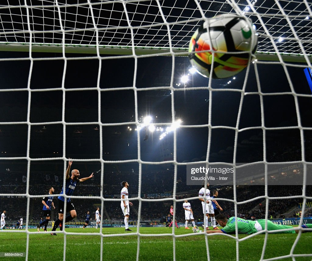 Mauro Icardi of FC Internazionale (not in the frame) scores the second goal during the Serie A match between FC Internazionale and UC Sampdoria at Stadio Giuseppe Meazza on October 24, 2017 in Milan, Italy.