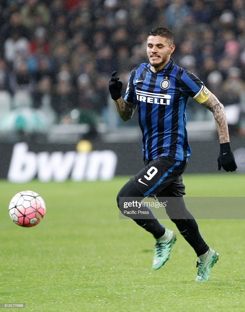 Mauro Icardi of Inter in action during the Italian Serie A