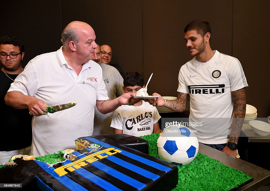 Mauro Icardi r0 and Mauro Castano attend after the FC Internazionale training session at Montclair State University on July 29 2016 in Montclair...