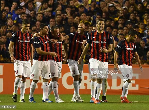 Mauro Matos of San Lorenzo celebrates with teammates after scoring the opening goal during a match between Boca Juniors and San Lorenzo as part of...