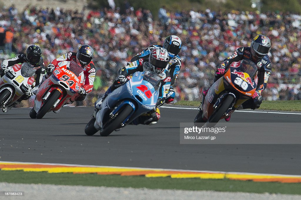 <a gi-track='captionPersonalityLinkClicked' href=/galleries/search?phrase=Maverick+Vinales&family=editorial&specificpeople=7535430 ng-click='$event.stopPropagation()'>Maverick Vinales</a> of Spain and Team Calvo leads the field during the Moto3 race during the MotoGP of Valencia - Race at Ricardo Tormo Circuit on November 10, 2013 in Valencia, Spain.