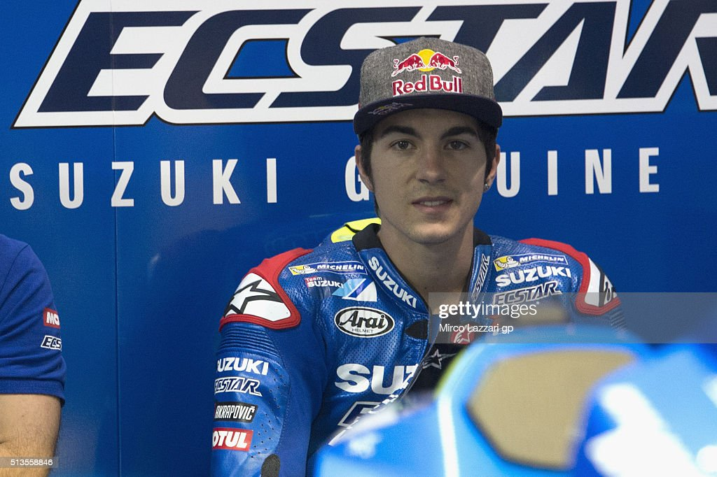 <a gi-track='captionPersonalityLinkClicked' href=/galleries/search?phrase=Maverick+Vinales&family=editorial&specificpeople=7535430 ng-click='$event.stopPropagation()'>Maverick Vinales</a> of Spain and Team Suzuki ECSTAR looks on in box during the MotoGP Tests In Doha at Losail Circuit on March 3, 2016 in Doha, Qatar.