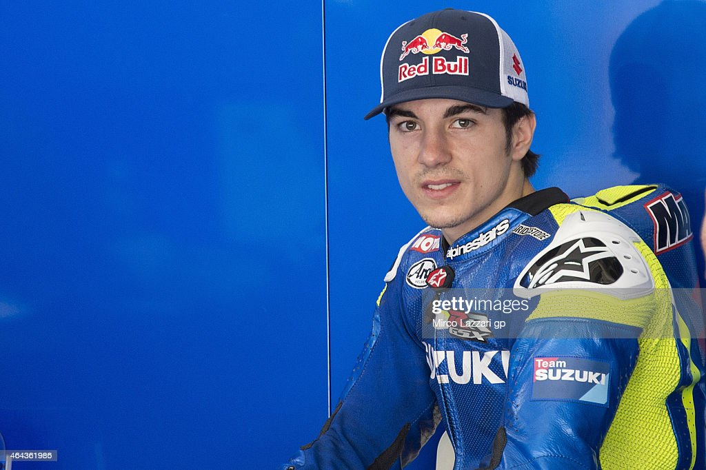 <a gi-track='captionPersonalityLinkClicked' href=/galleries/search?phrase=Maverick+Vinales&family=editorial&specificpeople=7535430 ng-click='$event.stopPropagation()'>Maverick Vinales</a> of Spain and Team Suzuki MotoGP looks on in the box during day three of the Sepang MotoGP Tests at Sepang Circuit on February 25, 2015 in Kuala Lumpur, Malaysia.