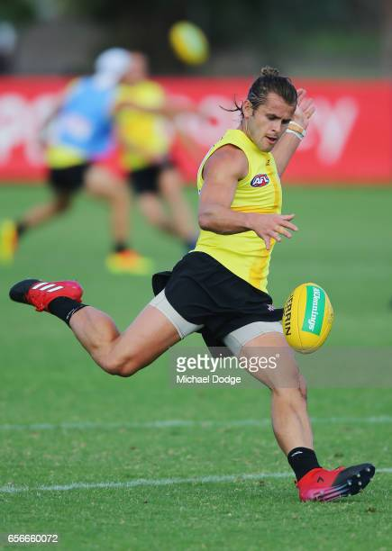 Maverick Weller of the Saints kicks the ball during a St Kilda Saints AFL training session at Linen House Oval on March 23 2017 in Melbourne Australia