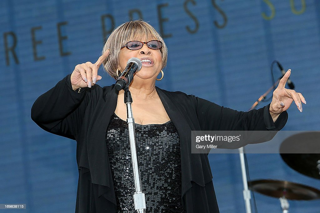<a gi-track='captionPersonalityLinkClicked' href=/galleries/search?phrase=Mavis+Staples&family=editorial&specificpeople=1145062 ng-click='$event.stopPropagation()'>Mavis Staples</a> performs in concert during the Free Press Summer Festival at Eleanor Tinsley Park on June 2, 2013 in Houston, Texas.