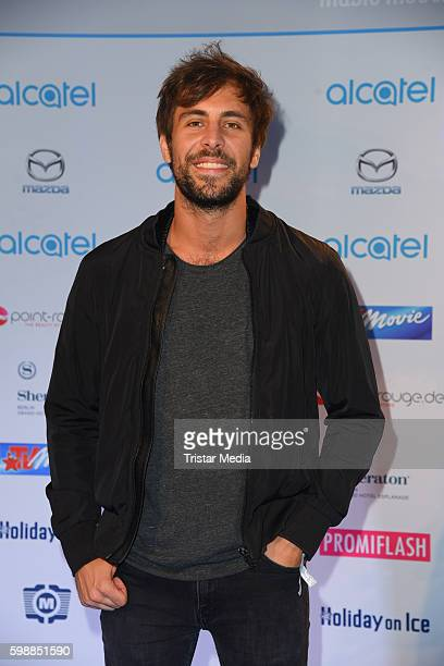 Max Giesinger attends the Alcatel Entertainment Night on September 2 2016 in Berlin Germany