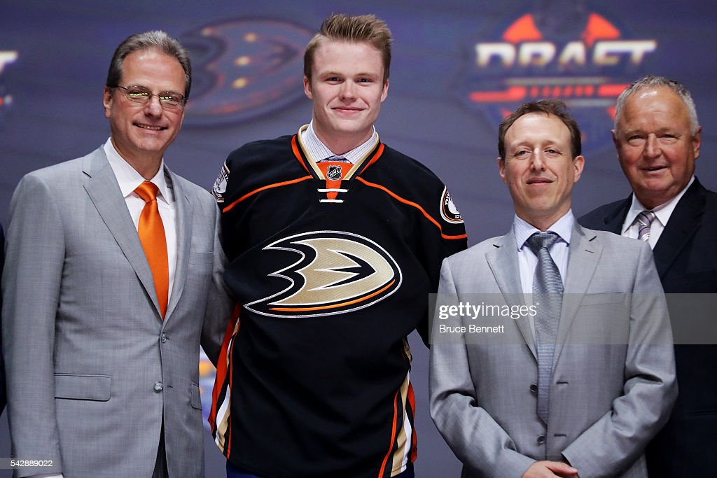 <a gi-track='captionPersonalityLinkClicked' href=/galleries/search?phrase=Max+Jones+-+Ice+Hockey+Left+Winger&family=editorial&specificpeople=15144471 ng-click='$event.stopPropagation()'>Max Jones</a> celebrates with the Anaheim Ducks after being selected 24th overall during round one of the 2016 NHL Draft on June 24, 2016 in Buffalo, New York.