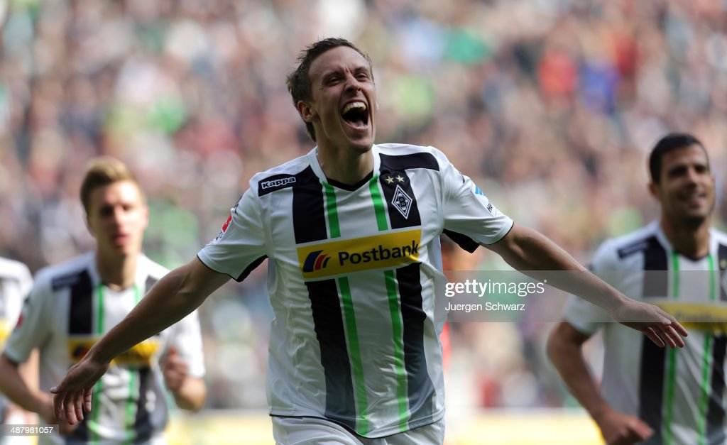 <a gi-track='captionPersonalityLinkClicked' href=/galleries/search?phrase=Max+Kruse&family=editorial&specificpeople=3945507 ng-click='$event.stopPropagation()'>Max Kruse</a> of Moenchengladbach celebrates after scoring during the Bundesliga match between Borussia Moenchengladbach and Mainz 05 at Borussia-Park on May 3, 2014 in Moenchengladbach, Germany.