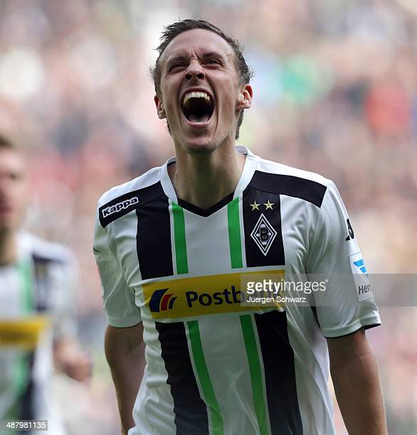 Max Kruse of Moenchengladbach celebrates after scoring during the Bundesliga match between Borussia Moenchengladbach and Mainz 05 at BorussiaPark on...