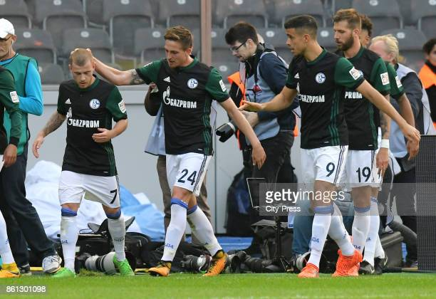 Max Meyer Bastian Oczipka Franco Di Santo and Guido Burgstaller of FC Schalke 04 celebrate after scoring the 01 during the game between Hertha BSC...