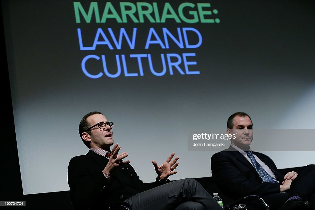 <a gi-track='captionPersonalityLinkClicked' href=/galleries/search?phrase=Max+Mutchnick&family=editorial&specificpeople=696689 ng-click='$event.stopPropagation()'>Max Mutchnick</a> and Frank Bruni attend Same-Sex Marriage: Law & Culture Press Conference With Debra Messing at Time Warner Screening Room on February 4, 2013 in New York City.