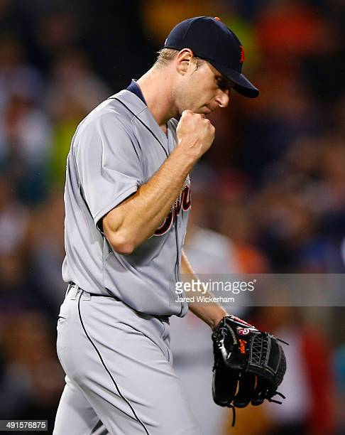 Max Scherzer of the Detroit Tigers reacts following a double play in the sixth inning against the Boston Red Sox during the game at Fenway Park on...