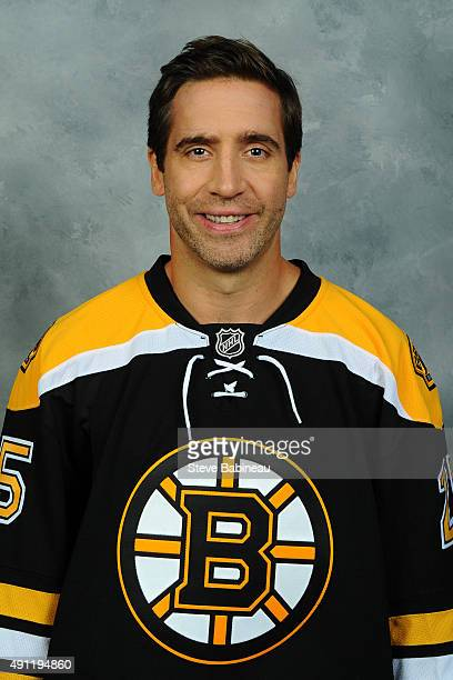 Max Talbot of the Boston Bruins poses for his official headshot for the 20152016 season on September 19 2015 at the TD Garden in Boston Massachusetts