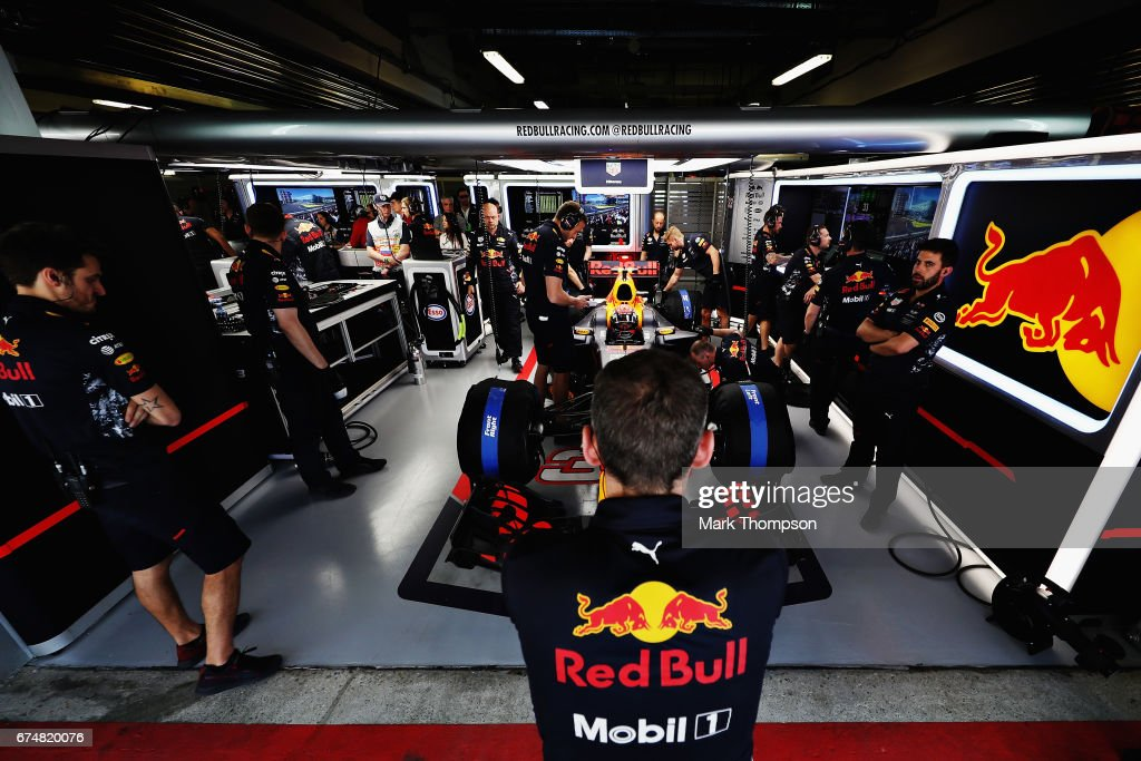 Max Verstappen of Netherlands and Red Bull Racing prepares to drive during qualifying for the Formula One Grand Prix of Russia on April 29, 2017 in Sochi, Russia.