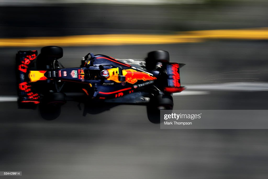 Max Verstappen of the Netherlands driving the (33) Red Bull Racing Red Bull-TAG Heuer RB12 TAG Heuer on track during practice for the Monaco Formula One Grand Prix at Circuit de Monaco on May 26, 2016 in Monte-Carlo, Monaco.