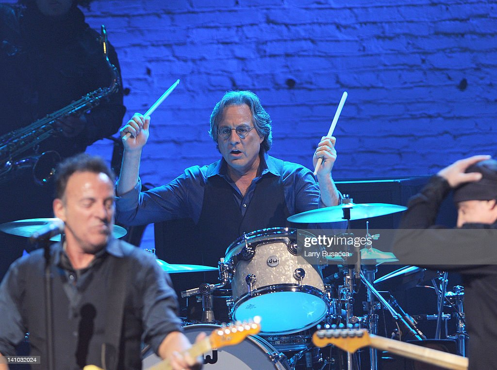 <a gi-track='captionPersonalityLinkClicked' href=/galleries/search?phrase=Max+Weinberg&family=editorial&specificpeople=1059983 ng-click='$event.stopPropagation()'>Max Weinberg</a> performs during SiriusXM's concert celebrating 10 years of satellite radio at The Apollo Theater on March 9, 2012 in New York City.