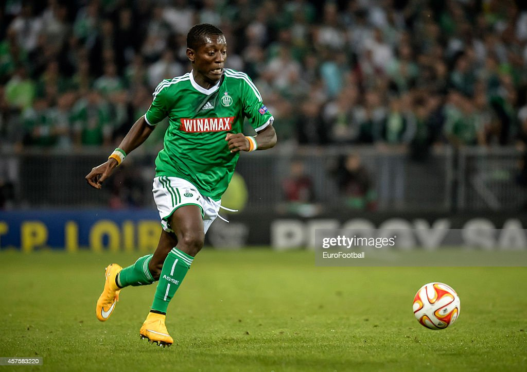 Max-Alain Gradel of AS Saint-Etienne in action during the UEFA Europa League football match AS Saint-Etienne against FC Dnipro Dnipropetrovsk at the Geoffroy Guichard Stadium on October 2, 2014 in Saint-Etienne, France.