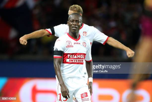 MaxAlain Gradel of Toulouse during the French Ligue 1 match between Paris Saint Germain and Toulouse FC at Parc des Princes on August 20 2017 in...