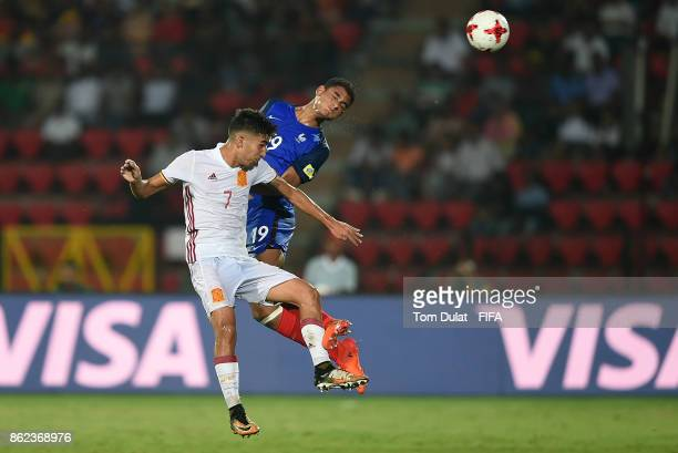Maxence Lacroix of France and Ferran Torres of Spain in action during the FIFA U17 World Cup India 2017 Round of 16 match between France and Spain at...