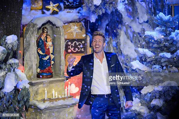 Maxi Arland is seen on stage during the tv show 'Das Adventsfest der 100000 Lichter' on November 26 2016 in Suhl Germany