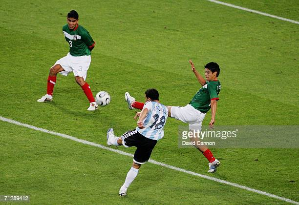 Maxi Rodriguez of Argentina scores in extra time during the FIFA World Cup Germany 2006 Round of 16 match between Argentina and Mexico played at the...