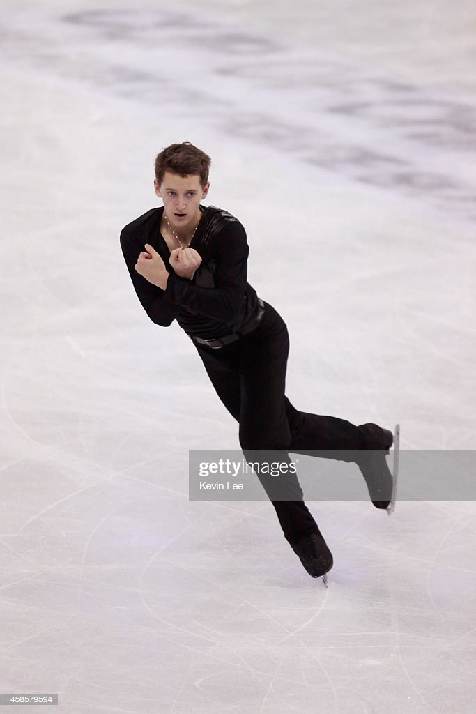 <a gi-track='captionPersonalityLinkClicked' href=/galleries/search?phrase=Maxim+Kovtun&family=editorial&specificpeople=10051766 ng-click='$event.stopPropagation()'>Maxim Kovtun</a> of Russia competes in men short program during Lexus Cup of China 2014 on November 7, 2014 in Shanghai, China.