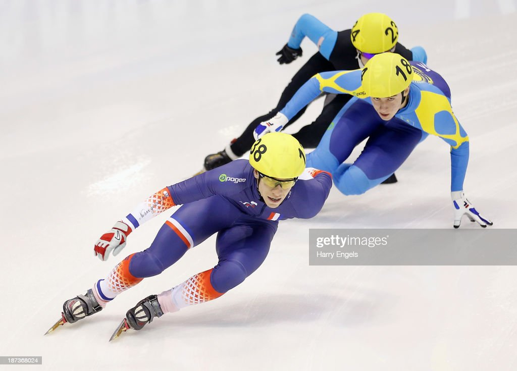 <a gi-track='captionPersonalityLinkClicked' href=/galleries/search?phrase=Maxime+Chataignier&family=editorial&specificpeople=504686 ng-click='$event.stopPropagation()'>Maxime Chataignier</a> of France leads the group during the Men's 1000m preliminaries on day two of the Samsung ISU Short Track World Cup at the Palatazzoli on November 8, 2013 in Turin, Italy.