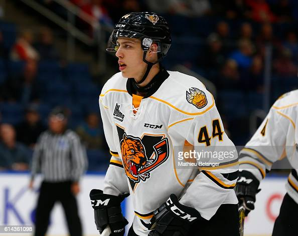 victoriaville singles Betting odds for gatineau olympiques vs victoriaville tigres - get the best dropping odds and odds comparison, statistics and history, provided by hot odds.