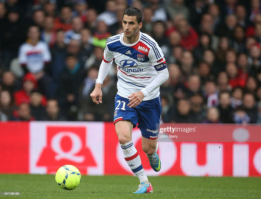 <a gi-track='captionPersonalityLinkClicked' href=/galleries/search?phrase=Maxime+Gonalons&family=editorial&specificpeople=6256905 ng-click='$event.stopPropagation()'>Maxime Gonalons</a> of Lyon in action during the Ligue 1 match between Olympique Lyonnais, OL, and AS Saint-Etienne, ASSE, at the Stade Gerland on April 28, 2013 in Lyon, France.