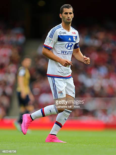 Maxime Gonalons of Olympique Lyonnais during the Emirates Cup match between Arsenal and Olympique Lyonnais at Emirates Stadium on July 25 2015 in...