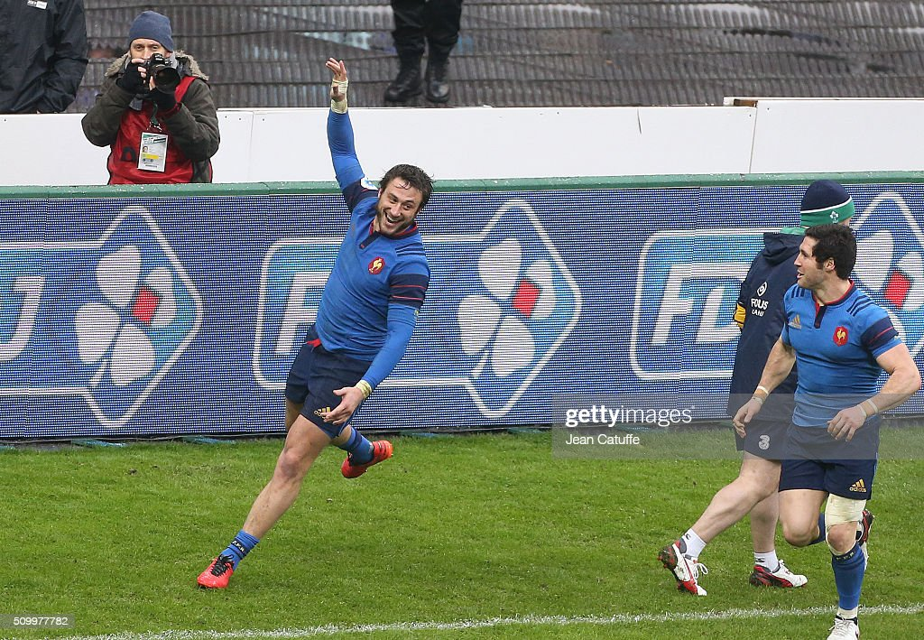 <a gi-track='captionPersonalityLinkClicked' href=/galleries/search?phrase=Maxime+Medard&family=editorial&specificpeople=832902 ng-click='$event.stopPropagation()'>Maxime Medard</a> of France celebrates scoring the winning try during the RBS 6 Nations match between France and Ireland at Stade de France on February 13, 2016 in Saint-Denis nearby Paris, France.