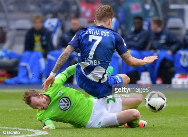 Maximilian Arnold of VfL Wolfsburg and Alexander Esswein of Hertha BSC during the game between Hertha BSC and dem VfL Wolfsburg on april 22 2017 in...