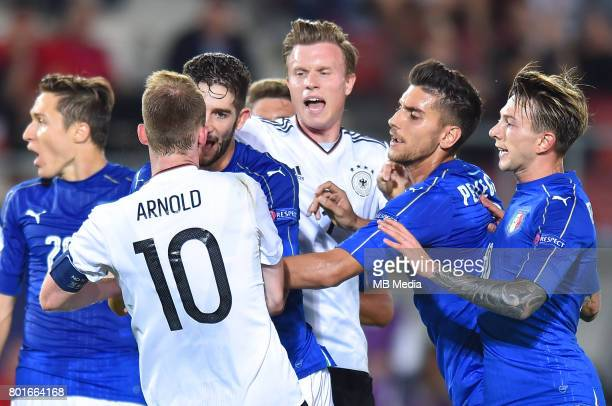 Maximilian Arnold Roberto Gagliardini Jeremy Toljan Daniele Rugani Federico Bernardeschi during the UEFA European Under21 match between Italy and...