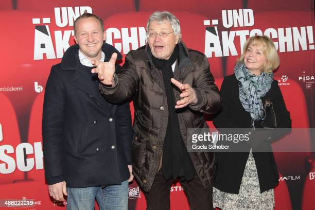 Maximilian Brueckner Gerhard Polt and Gisela Schneeberger attend the premiere of the film 'Und Aektschn' at City Kino on January 30 2014 in Munich...