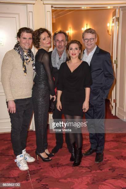 Maximilian Claus Madeleine Niesche Hugo Egon Balder Jeanette Biedermann and Rene Heinersdorff attend the 'Aufguss' Premiere at Theatre...