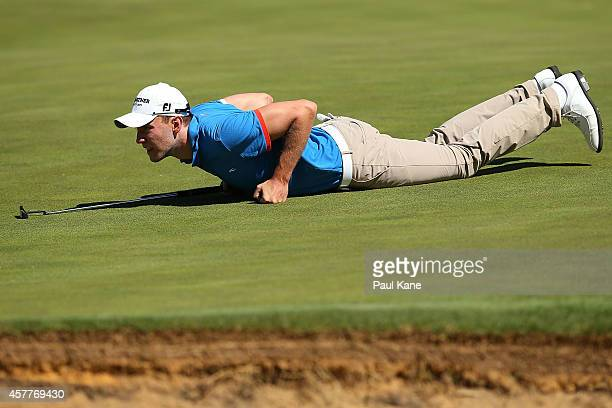 Maximilian Kieffer of Germany reads the 18th green during day two of the Perth International at Lake Karrinyup Country Club on October 24 2014 in...