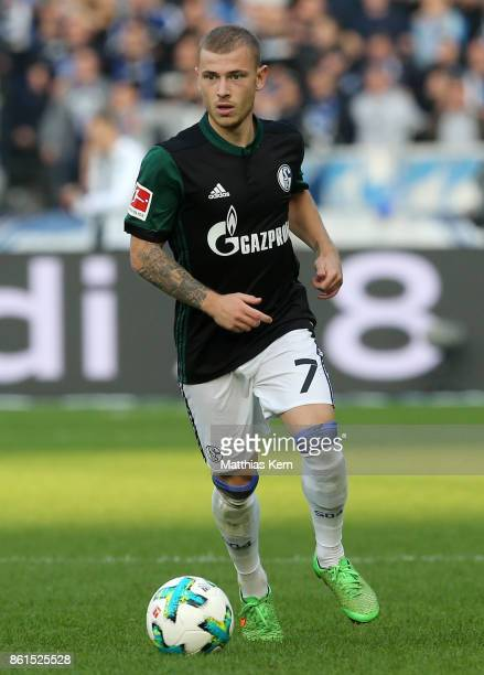 Maximilian Meyer of Schalke runs with the ball during the Bundesliga match between Hertha BSC and FC Schalke 04 at Olympiastadion on October 14 2017...