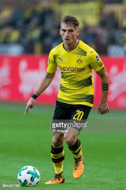 Maximilian Philipp of Dortmund controls the ball during the Bundesliga match between Borussia Dortmund and Borussia Moenchengladbach at Signal Iduna...