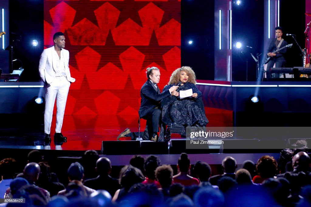 Maxwell and Honoree Roberta Flack onstage during the 2017 Black Girls Rock! at NJPAC on August 5, 2017 in Newark, New Jersey.