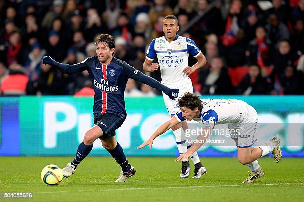 Maxwell of Paris SaintGermain runs with the ball during the Ligue 1 game between Paris SaintGermain and SC Bastia at Parc des Princes on January 8...