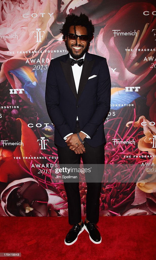 <a gi-track='captionPersonalityLinkClicked' href=/galleries/search?phrase=Maxwell+Osborne&family=editorial&specificpeople=7793547 ng-click='$event.stopPropagation()'>Maxwell Osborne</a> attends the 2013 Fragrance Foundation Awards at Alice Tully Hall at Lincoln Center on June 12, 2013 in New York City.