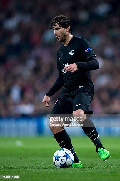 Maxwell Scherrer of Paris SaintGermain controls the ball during the UEFA Champions League Group A match between Real Madrid CF and Paris SaintGermain...