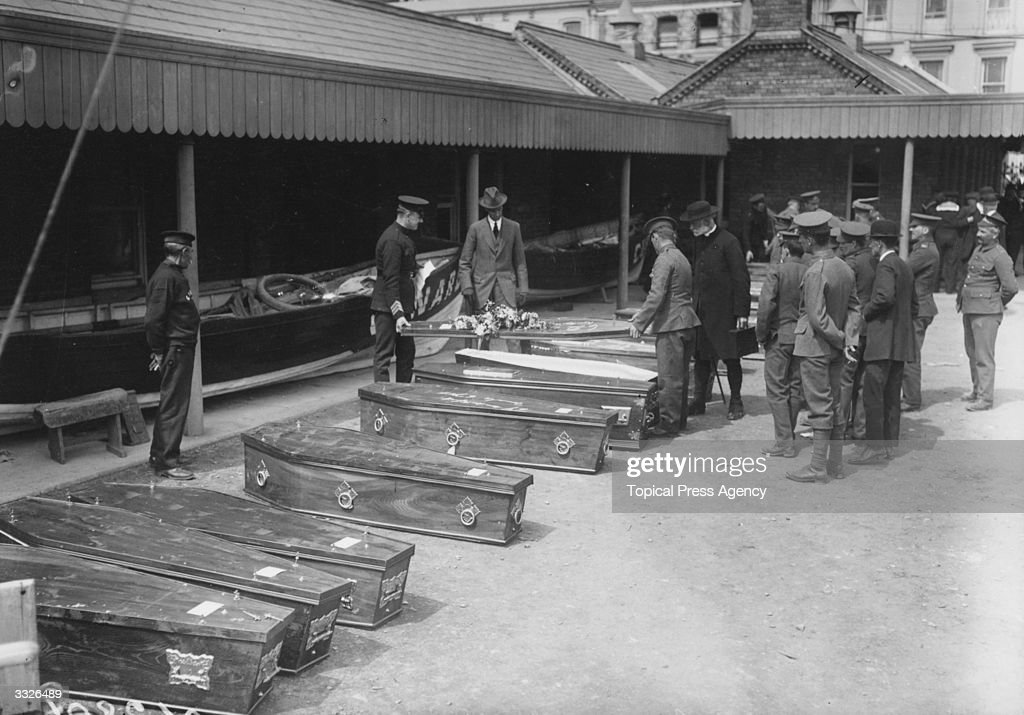The coffins of victims of the Lusitania disaster outside the offices of the Cunard Company.