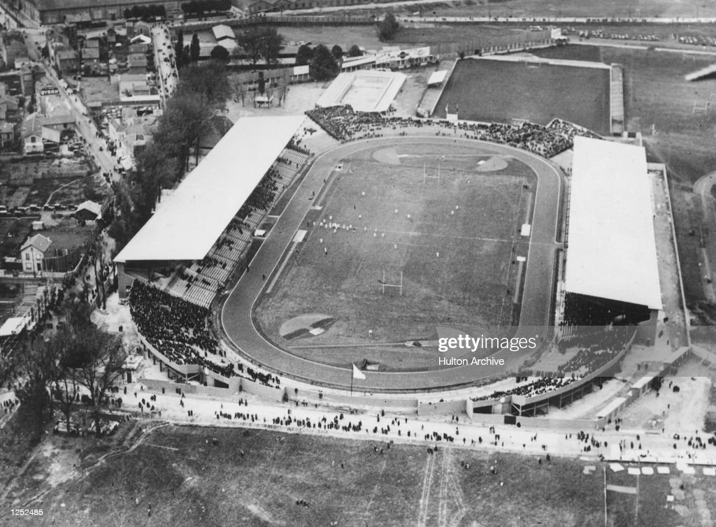 Olympic Rugby competition at the Colombes Stadium in Paris. An aerial view of the game between the USA and Romania. The Americans won by 37 points to nil and went on to face France in the final whom they also beat . Mandatory Credit: Allsport Hulton/Archive