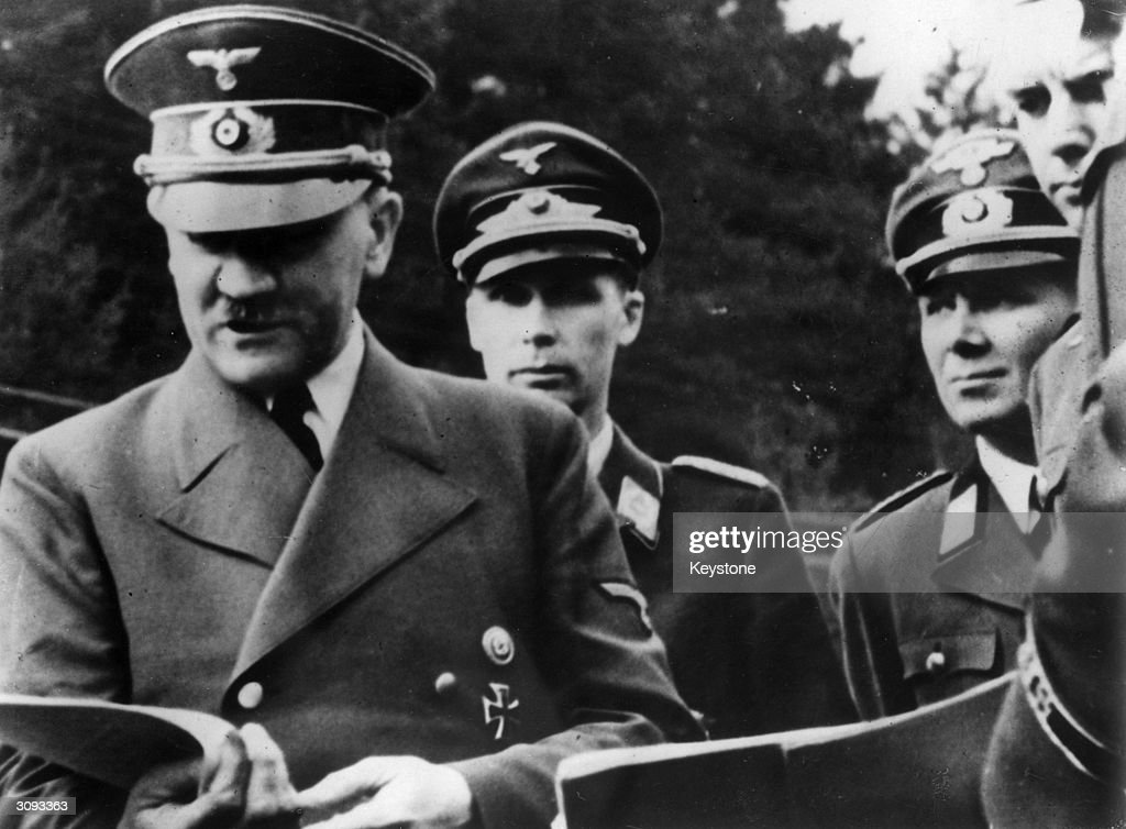 a biography of adolf hitler the leader of the nazi party Adolf hitler's actions as leader of the nazis and of germany in the middle of the twentieth century nazi party third adolf hitler: a short biography trans.