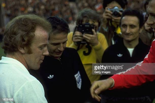 Billy Bremner of Leeds United and Franz Beckenbauer of Bayern Munich shake hands before the European Cup Final at Parc des Princes in Paris Bayern...